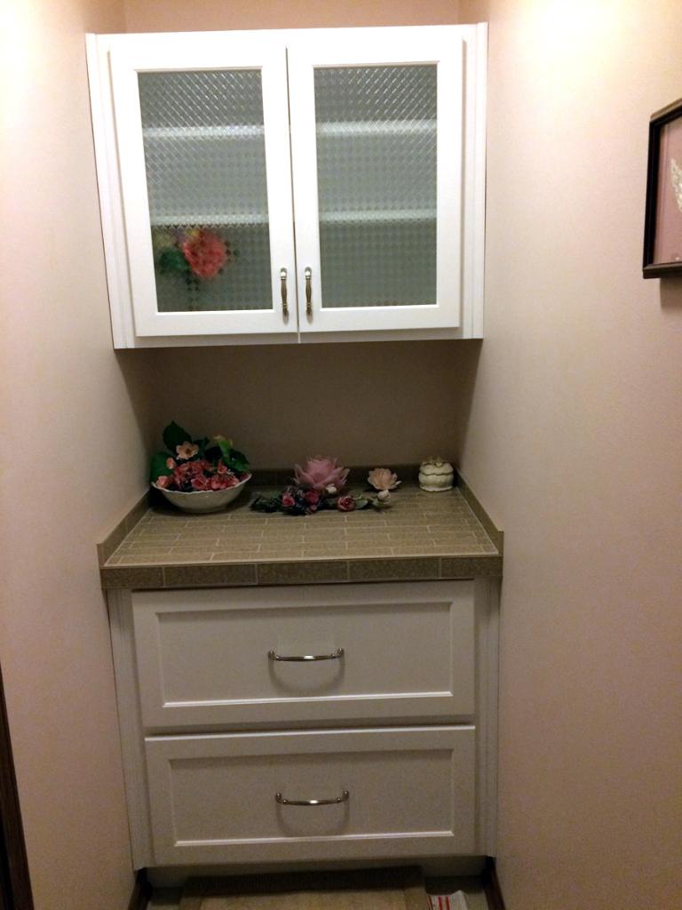 Hidden Cabinet Bathroom – Tinley Park Kitchen & Bath Shoppe